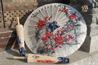 婺源千年油纸伞的故事仍在继续800字作文 关于婺源千年油纸伞的故事仍在继续作文